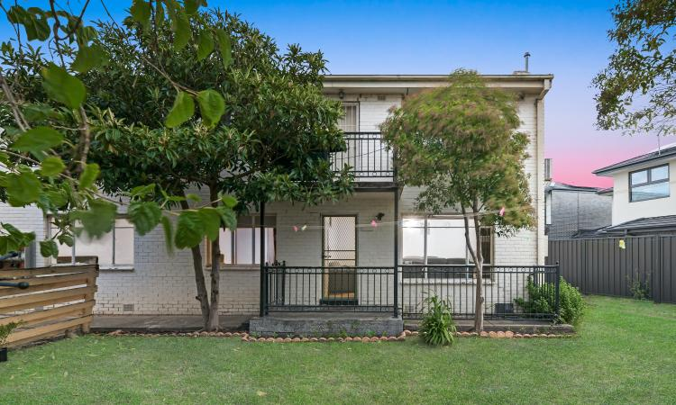 VENDOR SAYS SELL - GROUND FLOOR - 3 BED - PERFECT FIRST HOME OR IDEAL INVESTMENT