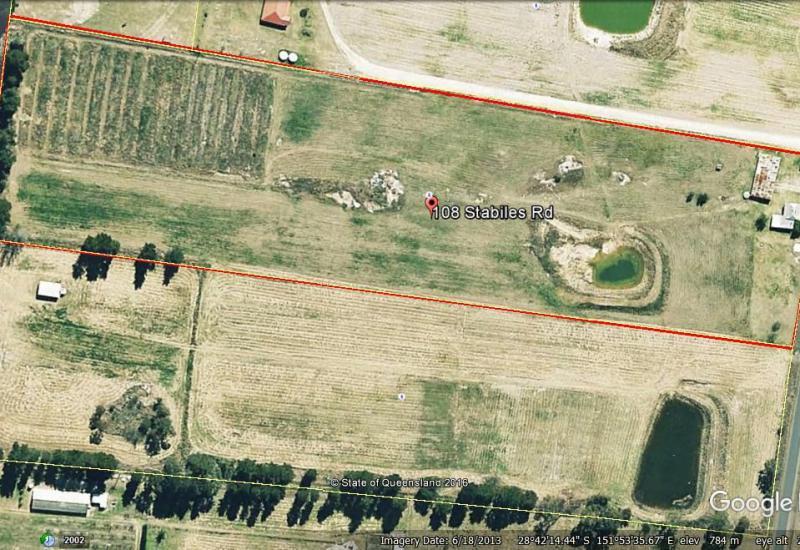 AUCTION - 10 acres + house + sheds + dam