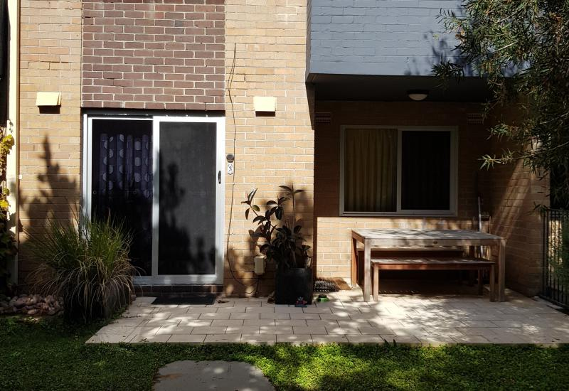 1 WEEK FREE RENT - Partly or Fully Furnished