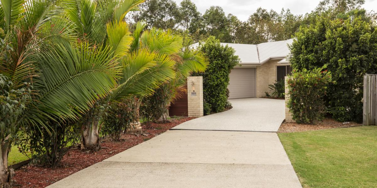 VERY PRIVATE COES CREEK FAMILY HOME