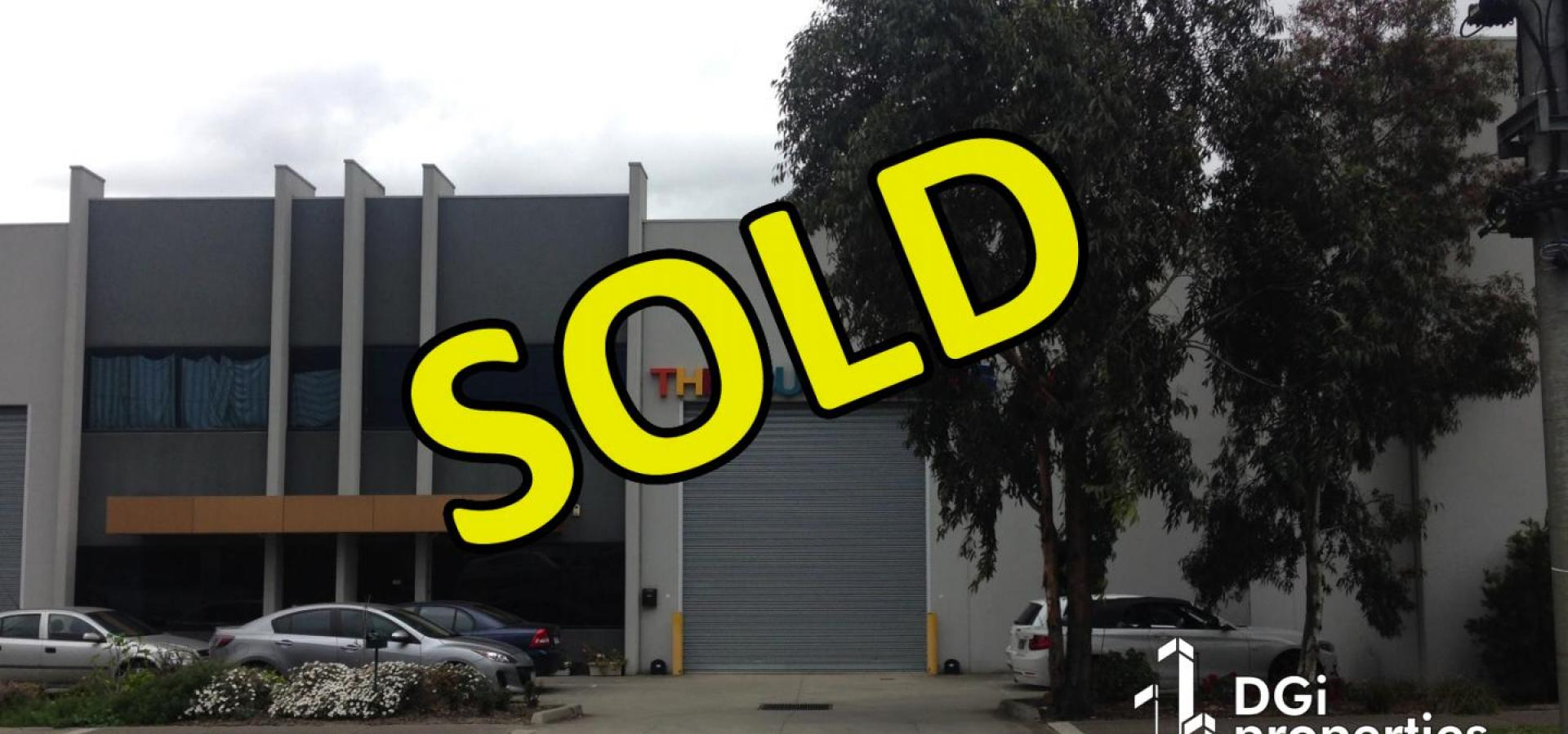 **SOLD ** SOLD **SOLD NEAT & TIDY OFFICE / SHOWROOM / WAREHOUSE BUILDING IN PRIME NORTHERN SUBURB LOCALE