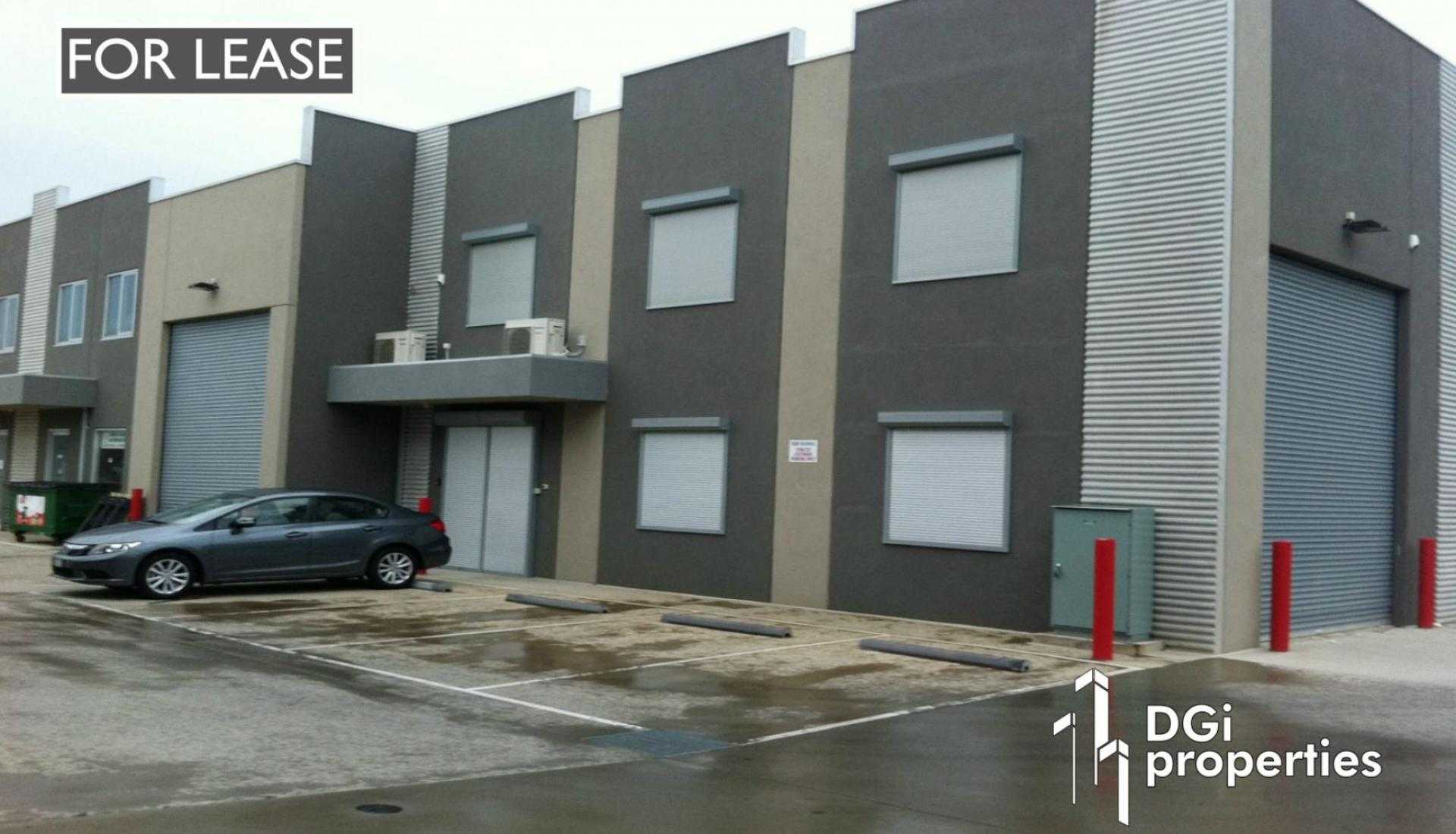 SUPERBLY FITTED OFFICE / SHOWROOM / WAREHOUSE LOCATED OPPOSITE BUNNINGS & OFFICEWORKS