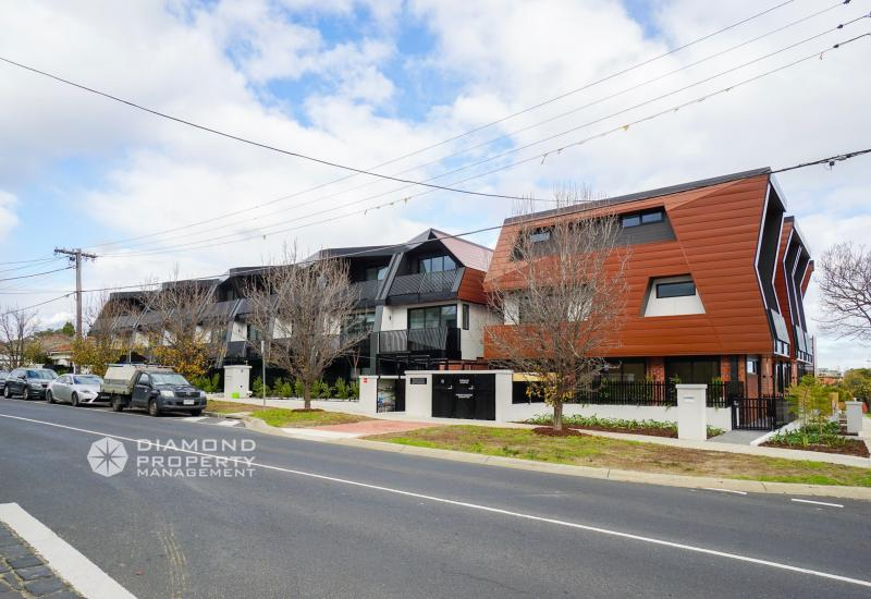 Prime Location Brand New Townhouse Within Mckinnon Secondary College Zone