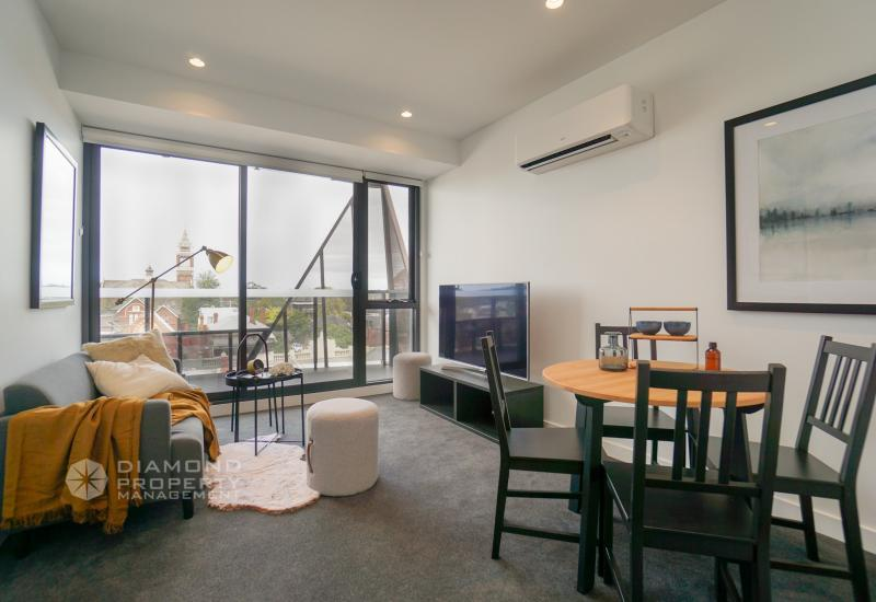 Brand New Two Bedroom Apartment In Hawthorn