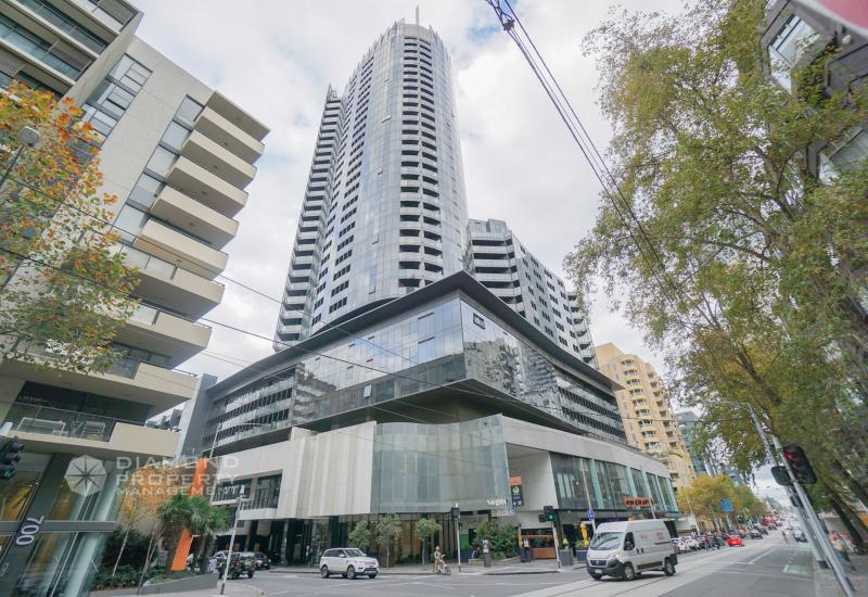 Great Location South Yarra Apartment With Stunning View