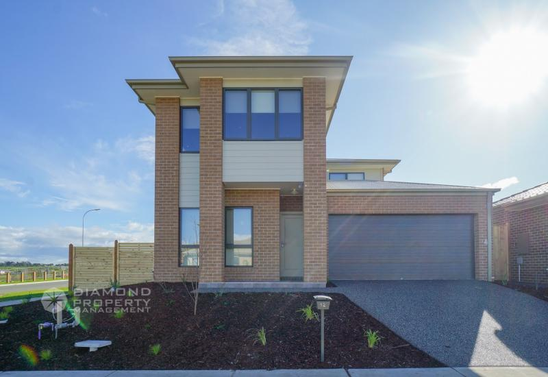 Brand New Double Storey Home With Park View