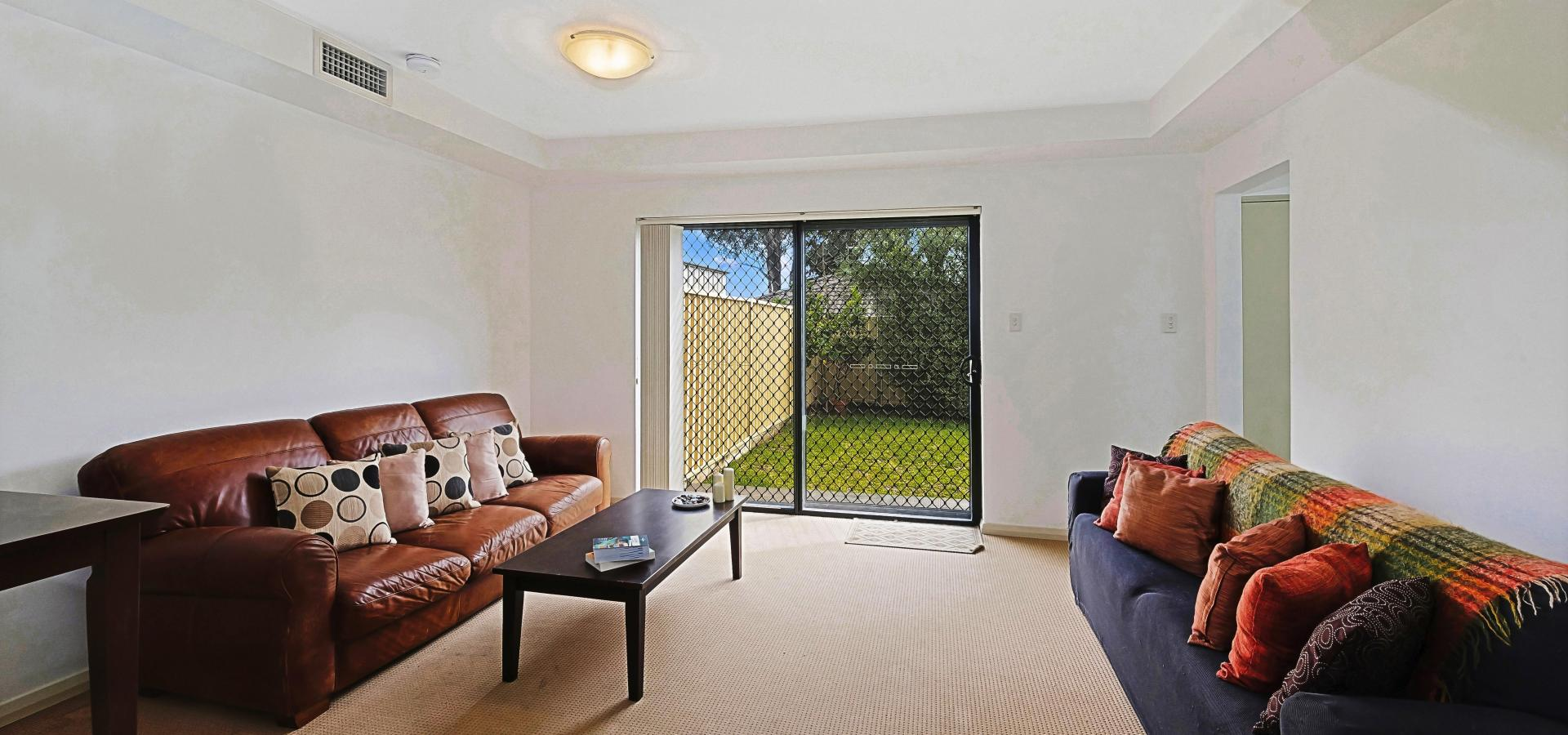 Torrens title / No strata fees