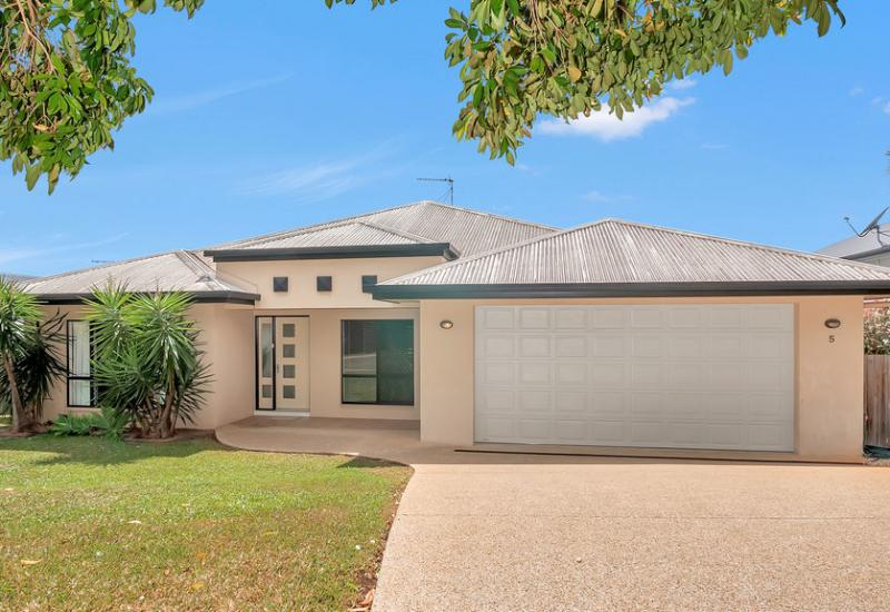 THIS HAS TO BE THE BEST BUY IN REDLYNCH! VACANT AND SELLERS ARE COMMITTED ELSEWHERE!