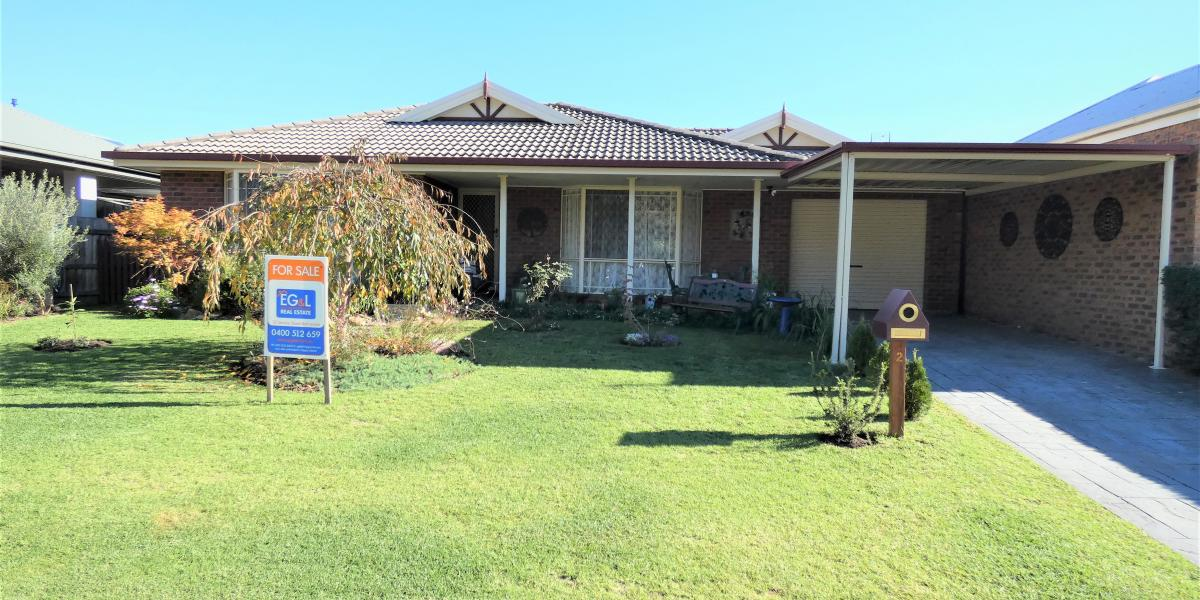 BEAUTIFUL FAMILY HOME IN EASTWOOD