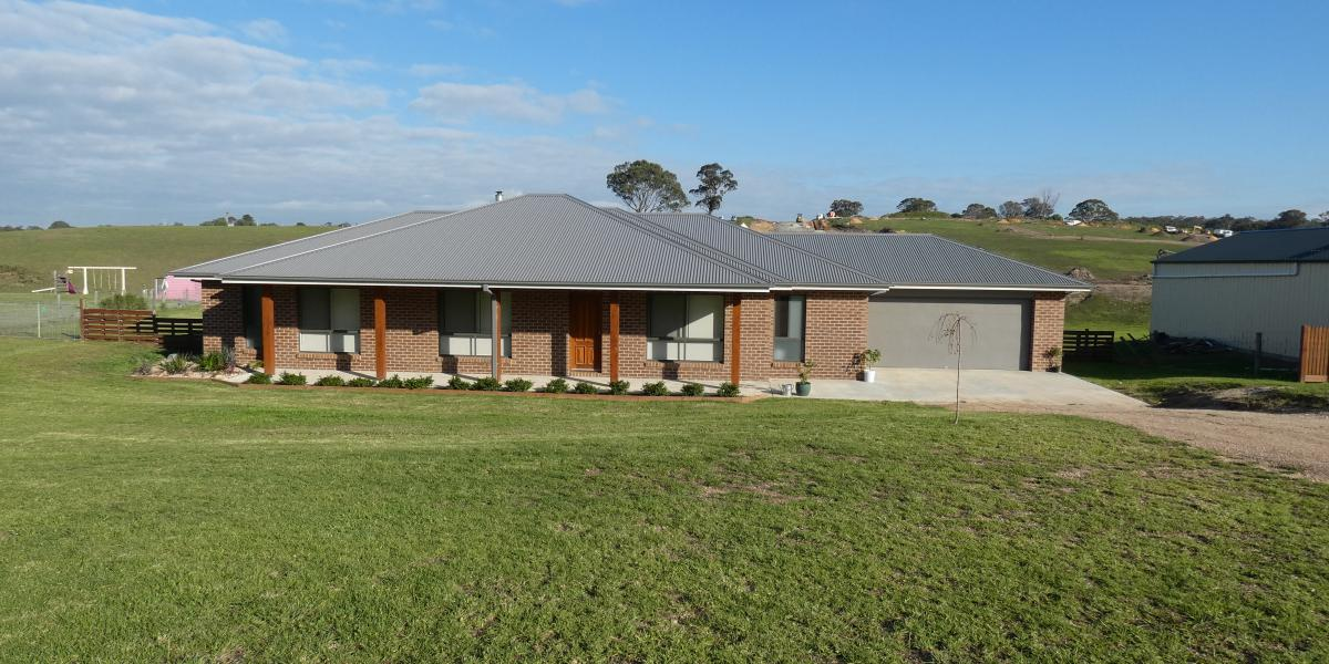 PEPPERCORN RISE HOME ON 1 ACRE
