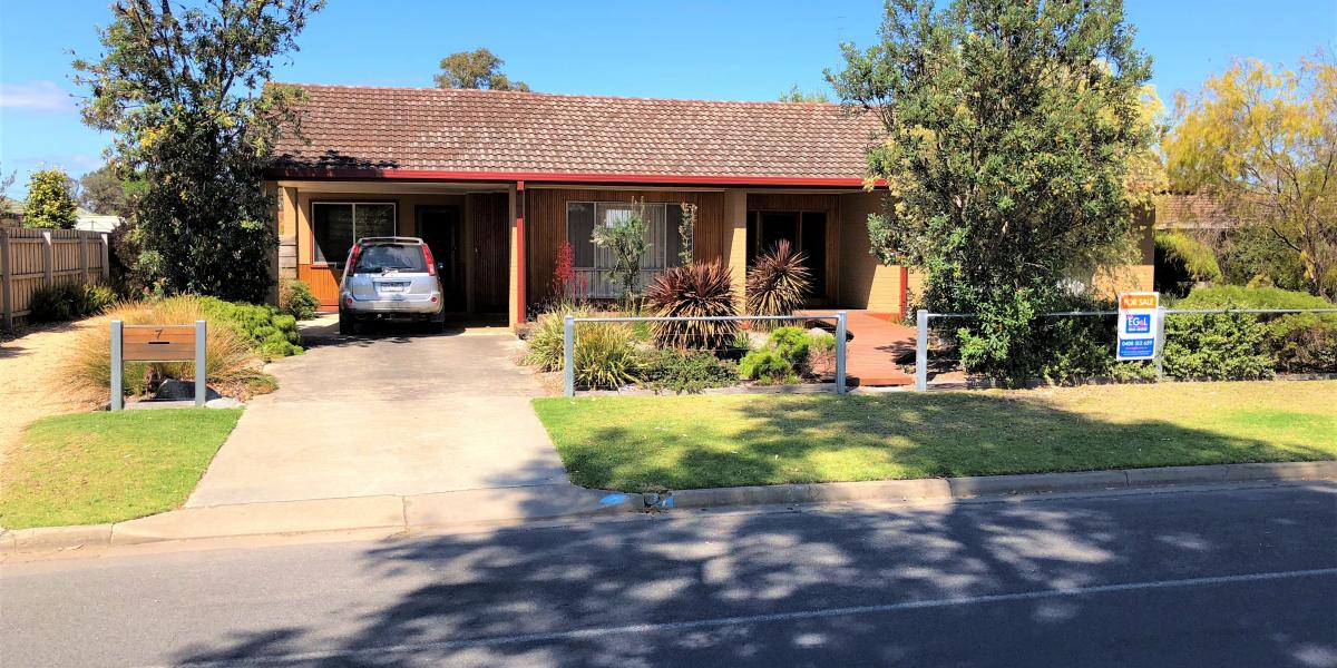 BARGAIN HOME WITH SO MUCH VALUE ON ONE SITE