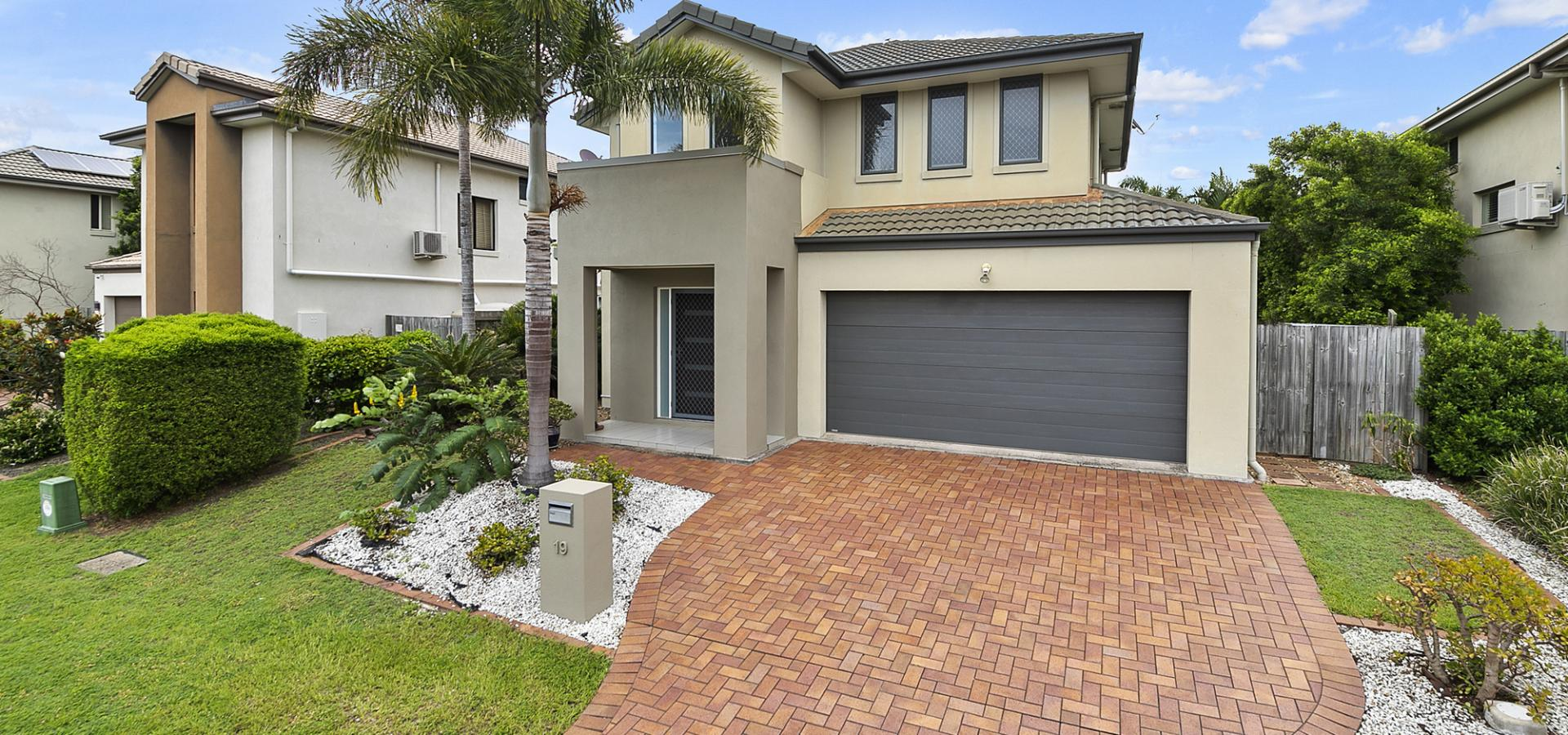 Fantastic family home in the Belmont State School Catchment
