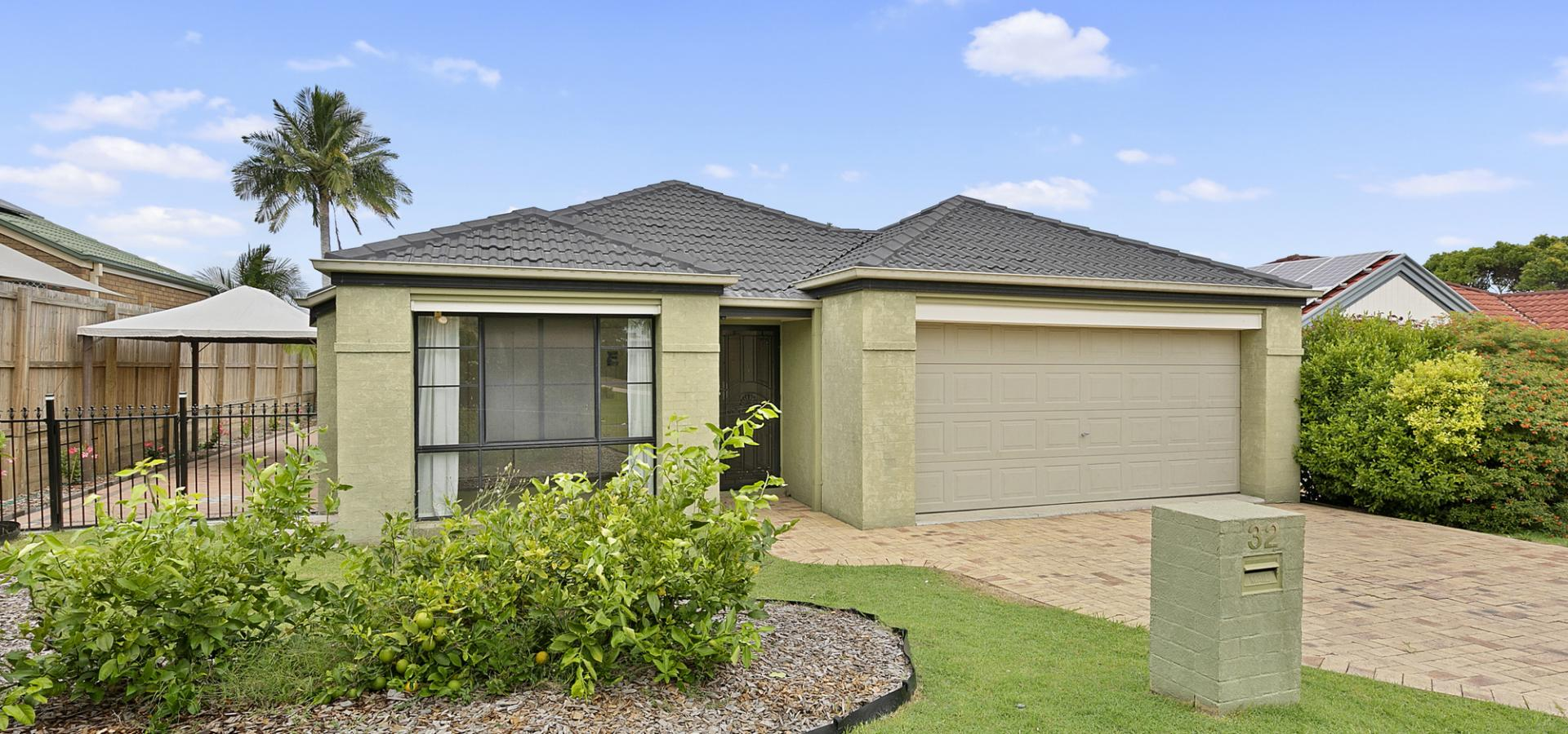 Spacious Open Plan Living - in the Tingalpa State School Catchment