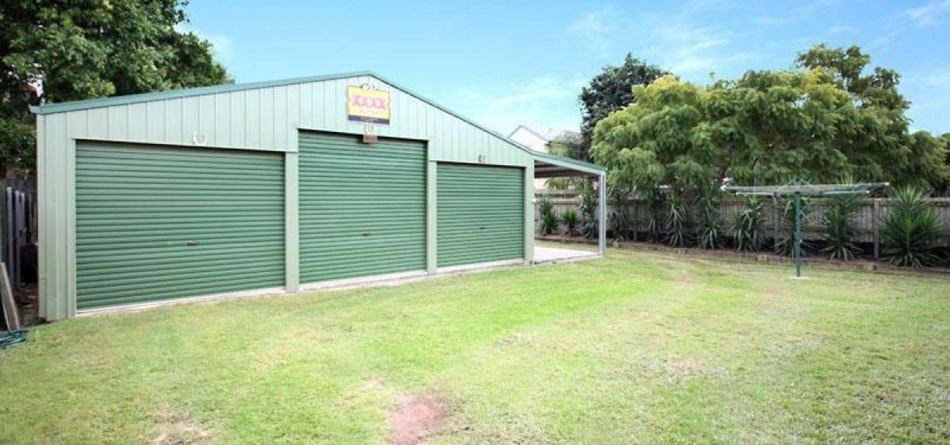 Great home with huge 3 car shed!!!