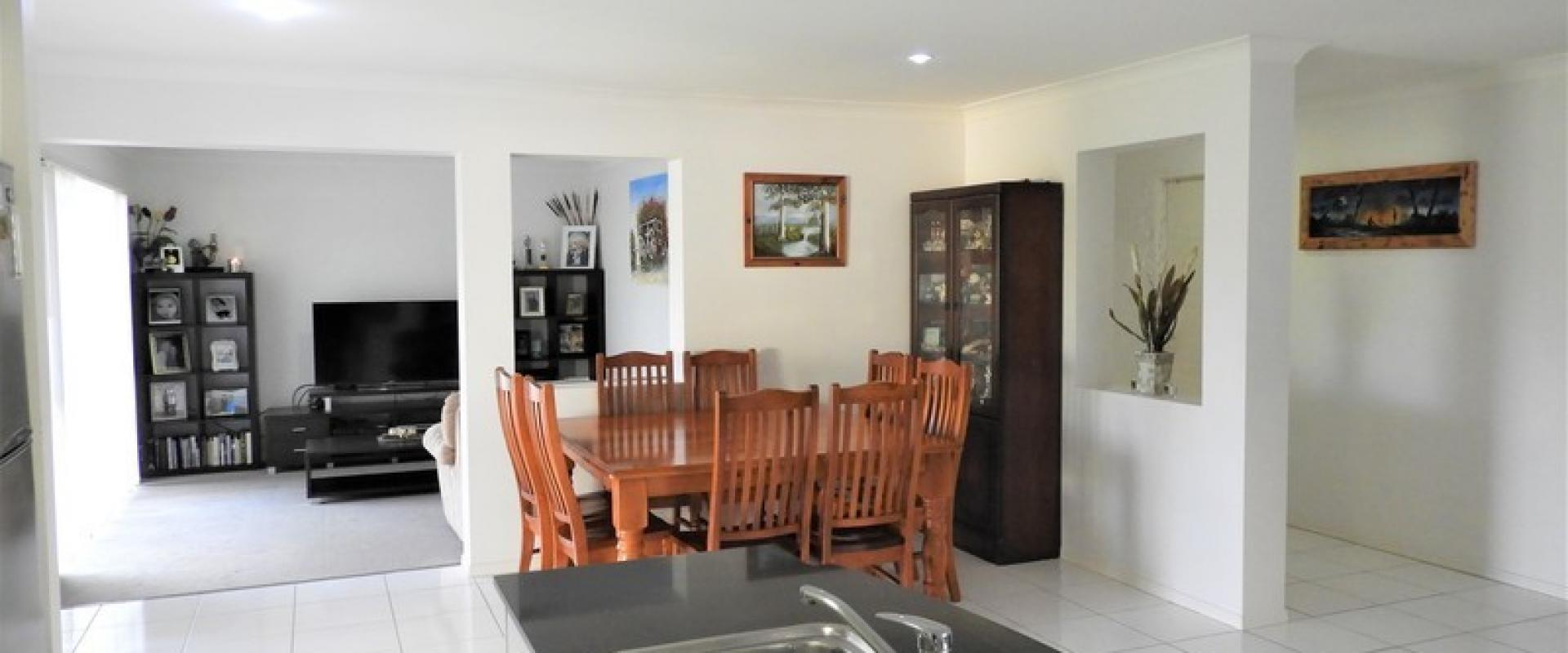 GREAT FAMILY HOME WITH TWO LIVING AREAS