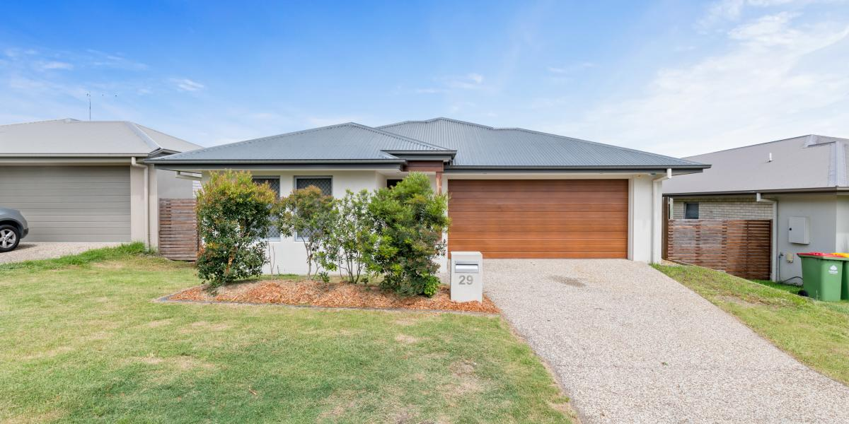 Delightful Low Set Family Home – Whisper Quiet Location