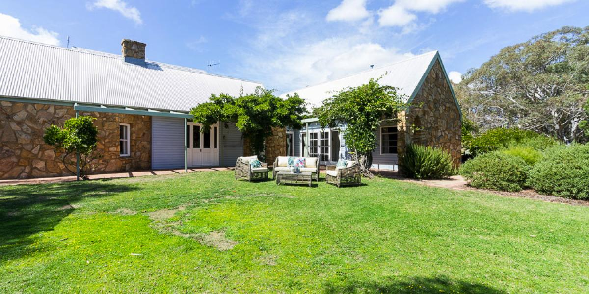 Exceptional Country Home & Complete Privacy