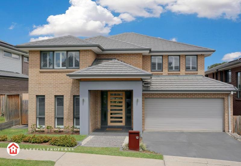 A Contemporary Classic Close To All Amenities
