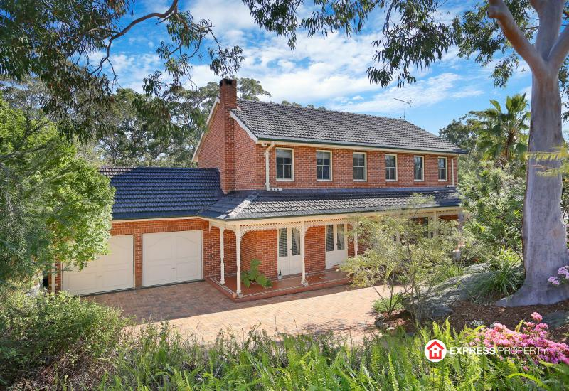 Sophisticated Bushland Haven on 1321sqm