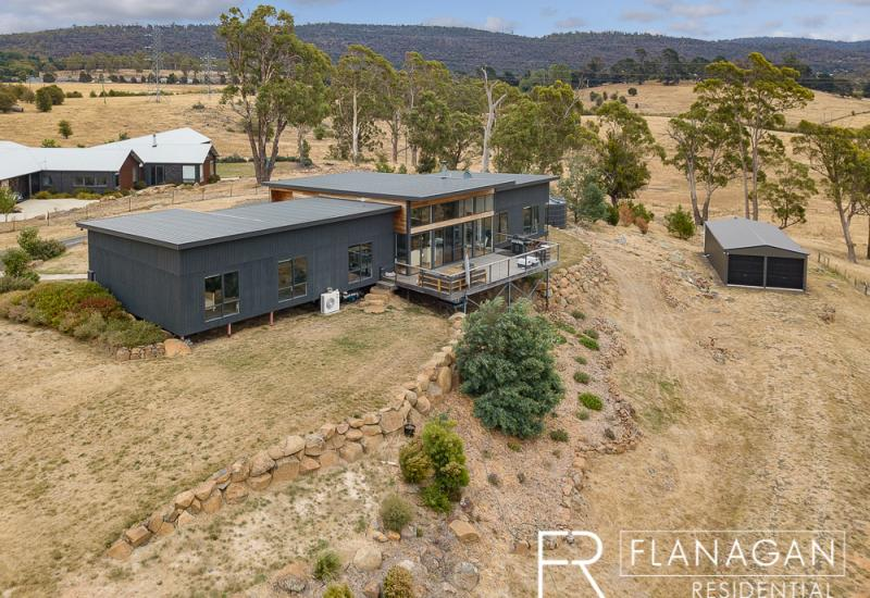 Almost 4.5 Acres of Tassie Paradise!