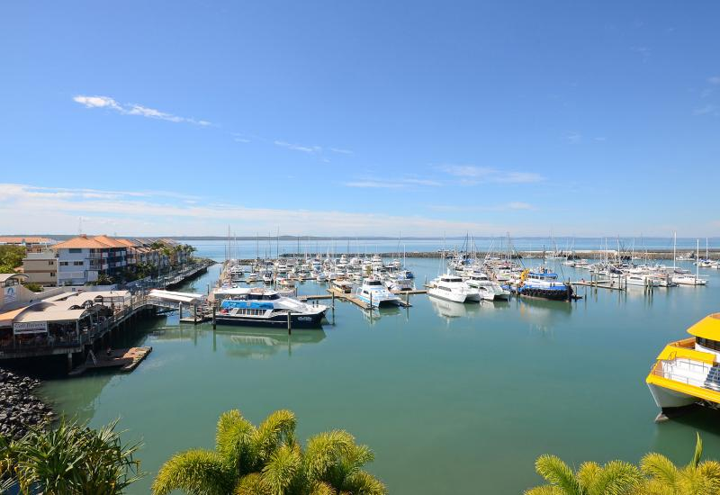 Heavenly life at the center of Urangan marina