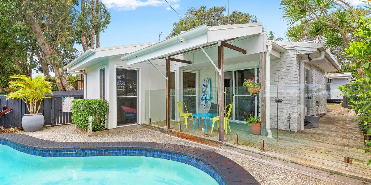 BLUE CHIP LOCATION – COASTAL LIVING OPPORTUNITY