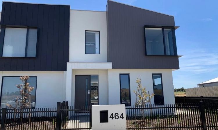 Brand New: Corner lot, 4 bedrooms townhouses with no body corp, Aurora Estate, Epping