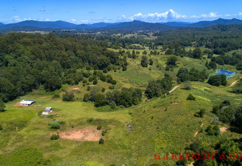 LARGE ACREAGE - CATTLE GRAZING / HORTICULTURE