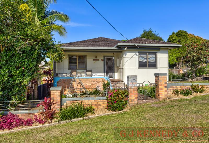 HISTORIC HOME IN HEART OF MACKSVILLE