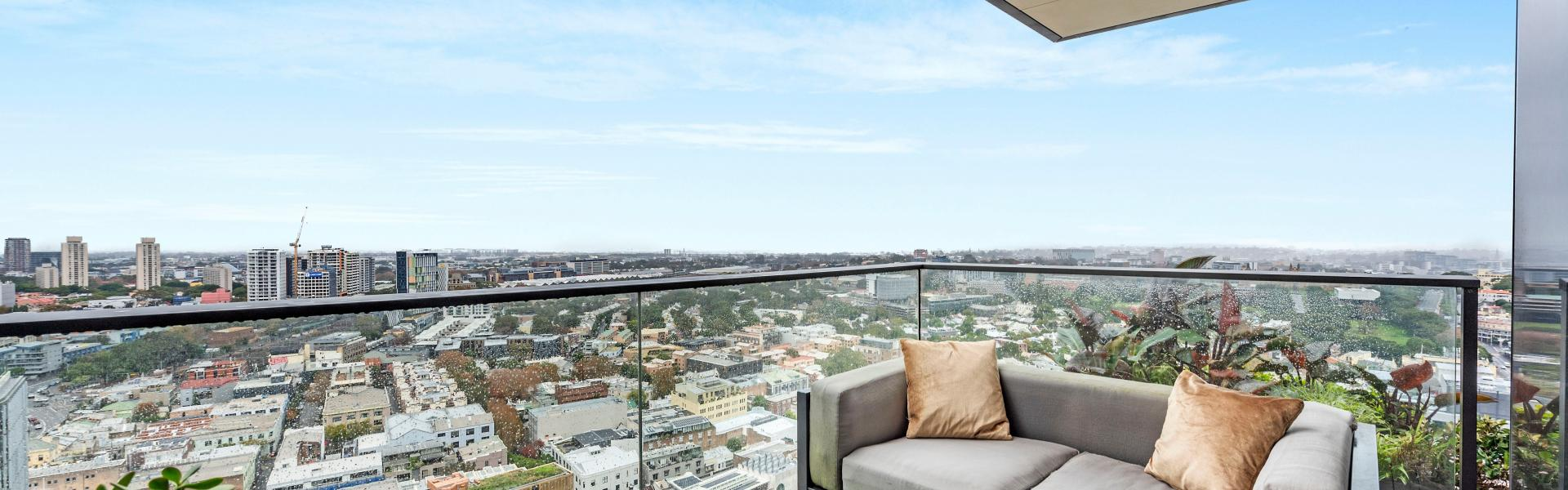 HIGH LEVEL DUAL KEY APARTMENT IN CENTRAL PARK