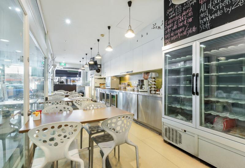 CAFE/RESTAURANT OPPORTUNITY