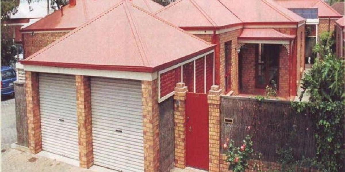 A Very Secure Private Deceivingly Spacious Courtyard Home – Pets Negotiable