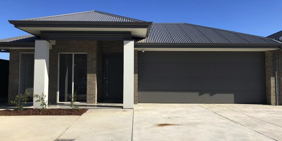 Brand New Architectural   3 bedroom home with 2 living areas