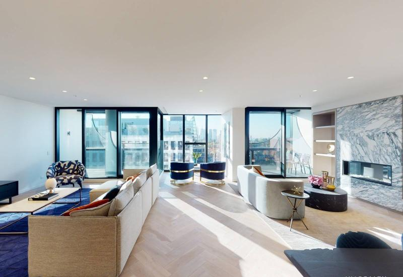 Stunning Penthouse with Exquisite Finishes