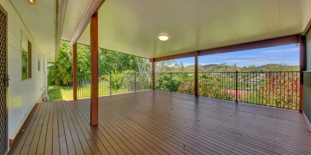 RENOVATED HOME, MONTHLY YARD MAINTENANCE INCLUDED