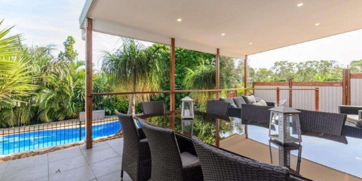 LOW SET 3 BRM BRICK HOME WITH AIR CONDITIONING & SWIMMING POOL