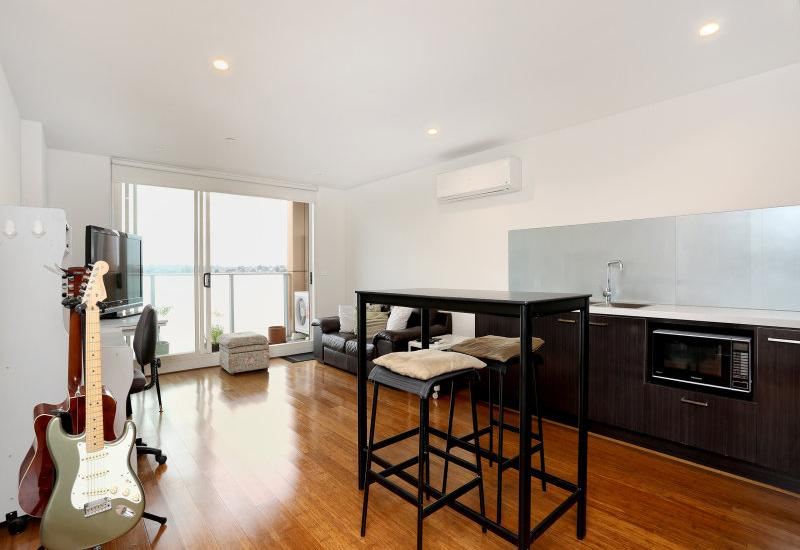 Sophistication with Panoramic Views!