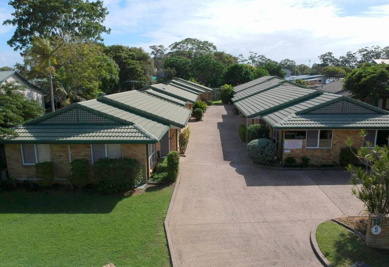 GREAT LOCATION - SMALL COMPLEX - LOW BODY CORP!!