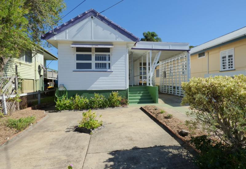 HOT BUY IN REDCLIFFE !