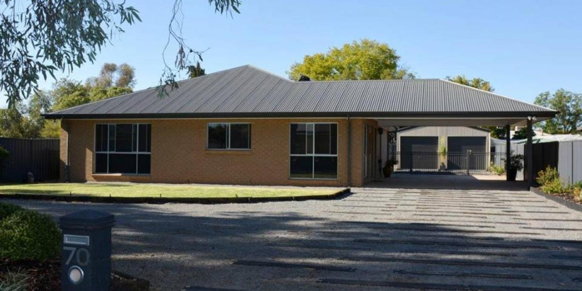 Immaculate Home - Just Move Right In!