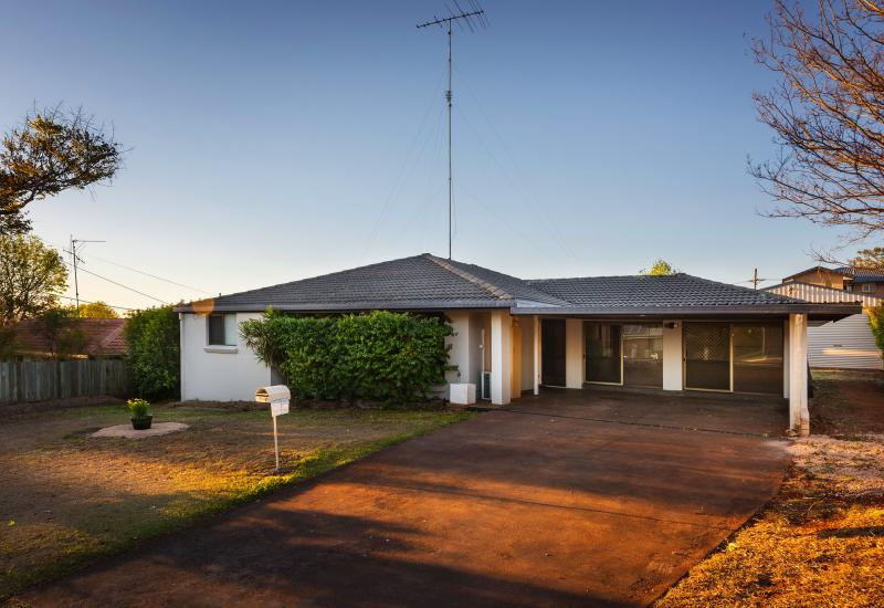 Fully Renovated - Entertainers Delight - Must Be Sold!