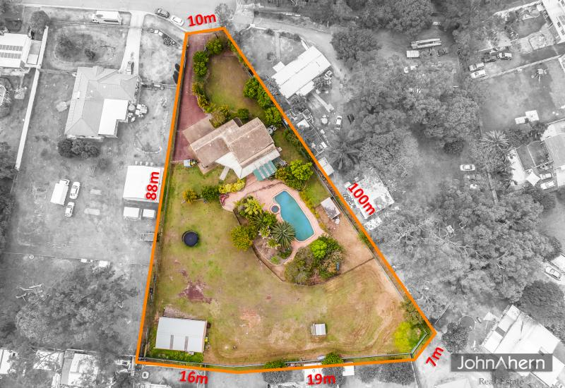 Open Sat 11.00-11.30am ..Fantastic Value...Subdividable Acreage in Central Suburbia.