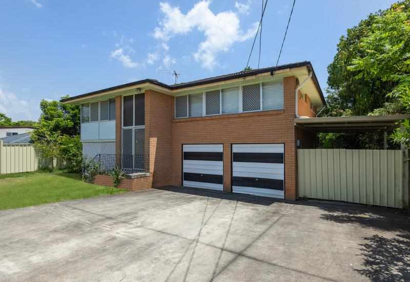 WOW!! This Highset Brick Home has it all...Price...Position ...Pool