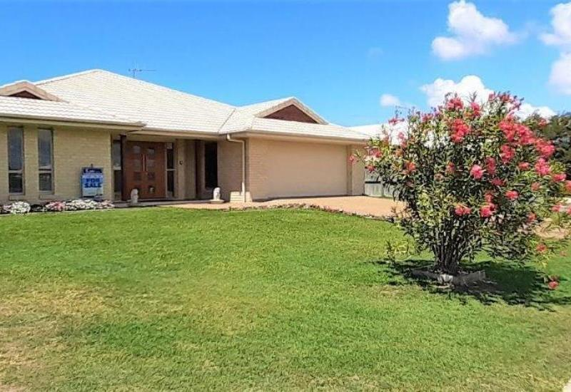 GENEROUS FAMILY HOME - MOVE IN READY!!!
