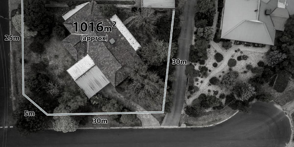 APPROVED PLANNING PERMIT IN PLACE – 2 lot potential subdivision - 1,016 sqm (approx)
