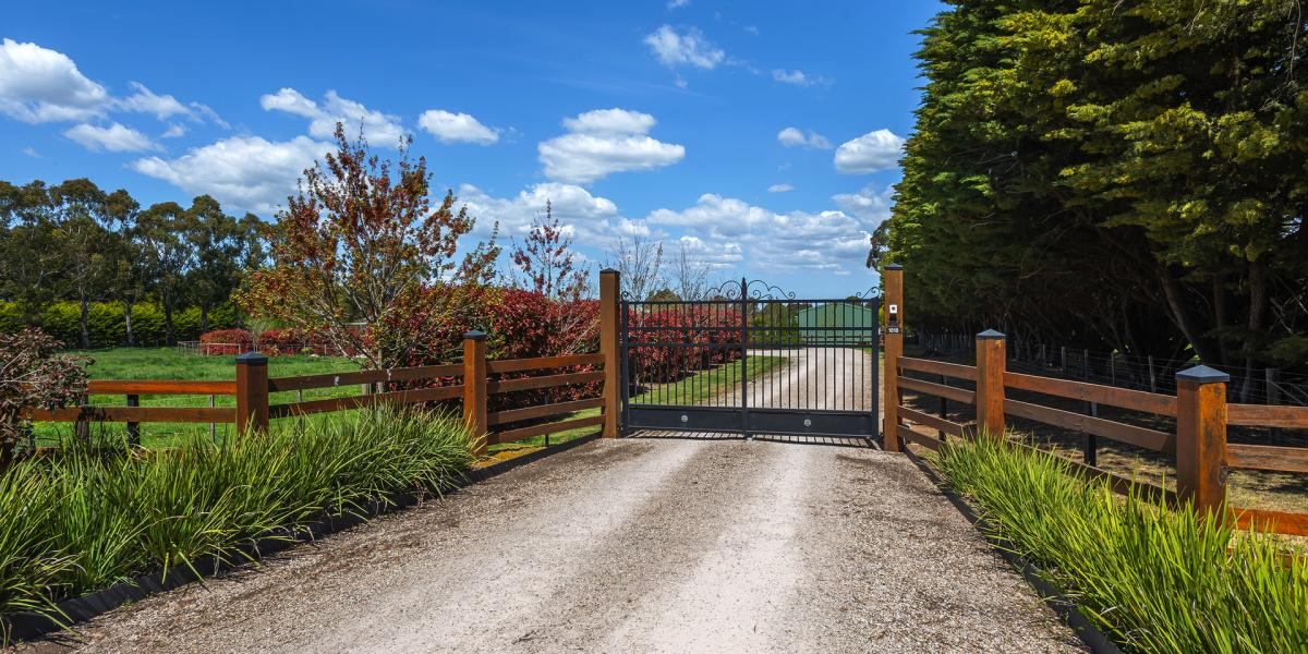 'Maple Fields' - Your country dream on (approx.) 5 acres