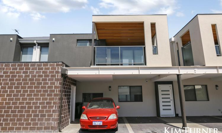 Value for money - walking distance to the heart of Midland