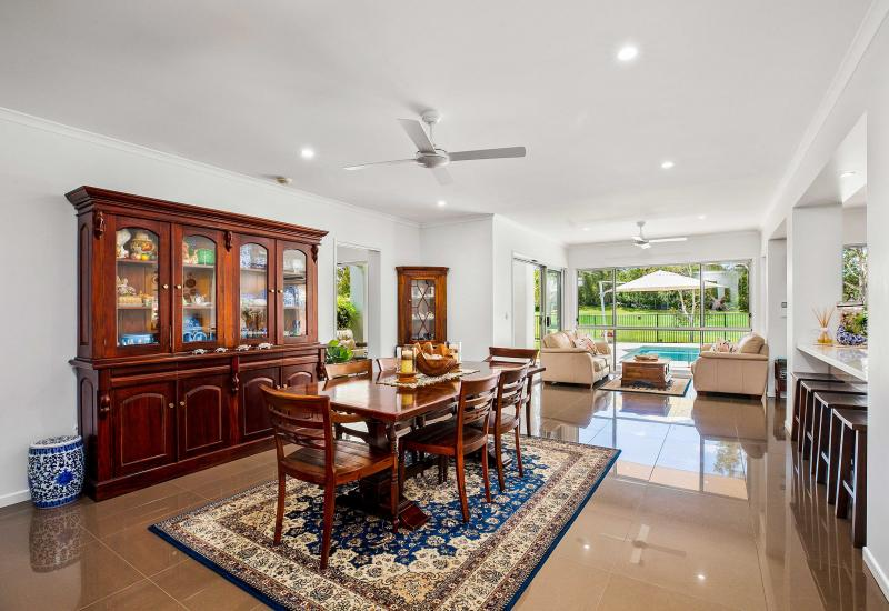 Grand Living in Dress Circle Position