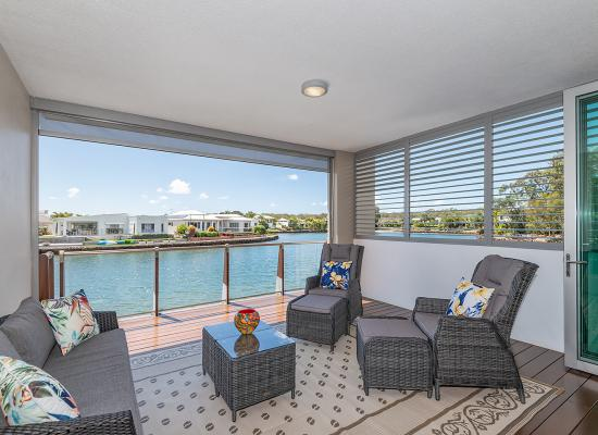 Apartment Luxury with Twin Water Views