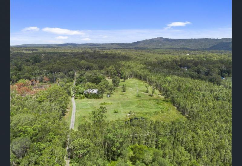 * 9 Acres  Right in the Heart of Cooroibah.*